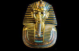 «كنوز وأسرار في مقبرة توت عنخ آمون».. مغامرة «كارنافون» مع لعنة الفراعنة | فيديو وصور