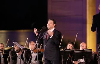 انتصاف ليالي مهرجان الموسيقى العربية بتألق هاني شاكر وإبداع وحيد ممدوح| صور