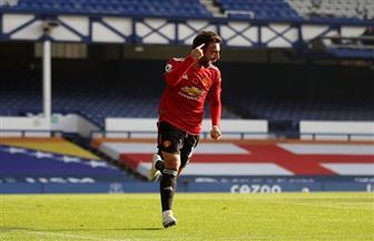 فيرنانديز يعيد مانشستر إلى الانتصارات.. وكافاني يفتتح أهدافه بقميص الشياطين الحمر