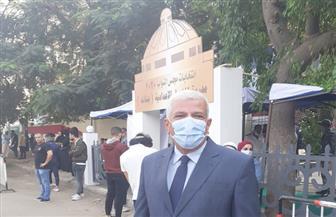 نقيب الزراعيين يدلي بصوته في انتخابات «النواب»