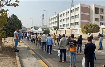 طوابير من الشباب أمام مقار لجان انتخابات «النواب» بالتجمع الخامس | فيديو وصور