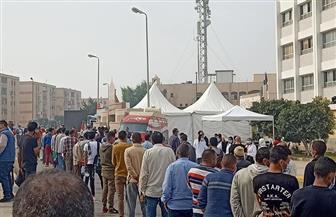 طوابير الناخبين تواصل تدفقها على لجان التجمع  بانتخابات «النواب» | فيديو وصور