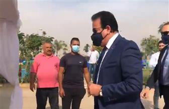 وزير التعليم العالي يدلي بصوته بانتخابات مجلس النواب | فيديو
