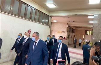 علي عبد العال يدلي بصوته في انتخابات «النواب» بلجنة الجامعة العمالية
