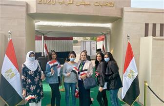 إقبال كبير من السيدات على لجان انتخابات «النواب» بالتجمع الخامس | صور