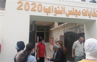 وفد من البرلمان العربي يتفقد سير انتخابات «النواب» بلجنة الجامعة العمالية
