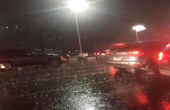 انتشار معدات شركتى الصرف الصحى بالقاهرة والجيزة للتعامل مع الأمطار |صور