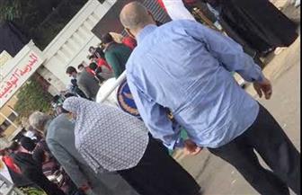 توافد المواطنين على لجان شبرا للمشاركة في انتخابات «النواب»