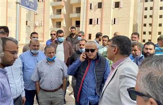 نائب رئيس هيئة المجتمعات العمرانية يتفقد مشروعات مدينة 6 أكتوبر الجديدة