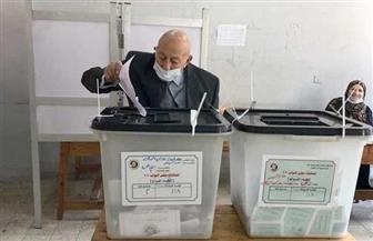 """رئيس القومي لحقوق الإنسان يدلي بصوته في انتخابات """"النواب"""""""
