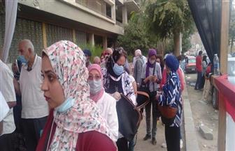 السيدات يحرصن على التصويت بلجان النزهة مع قرب نهاية التصويت | صور وفيديو