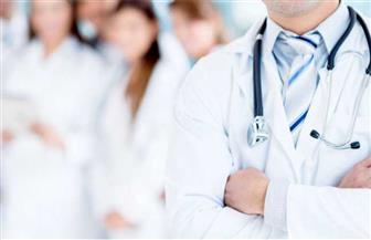 مبادرة دعم أسر شهداء الأطباء تثير الانقسام بين أصحاب البالطو الأبيض