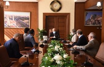 محافظ بورسعيد يبحث مقترح إنشاء جامعة ومدرسة بالتعاون مع شركة إيني الإيطالية | صور