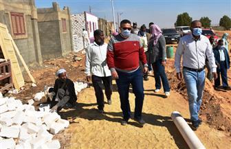 """محافظ أسوان: """"حياة كريمة"""" تدفع قيمة المصالحات فى مخالفات البناء لـ ١٤٢ من الأسر غير القادرة"""