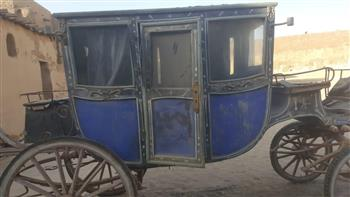 وصول مركبة القصير إلى متحف المركبات الملكية لترميمها وعرضها صور
