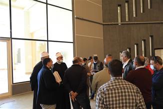 «عياد» يناقش مع وفد السياحة خطط تنفيذ متحف عرض المخطوطات النادرة بمكتبة الأزهر