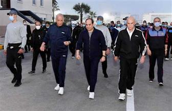 الرئيس السيسي يتفقد فجر اليوم الكلية الحربية.. ويوجه الشكر للإمارات | صور