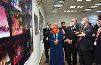 رئيس جامعة الأقصر يفتتح المعارض الفنية بكلية الفنون الجميلة   صور