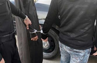 """ضبط 3 أشخاص لقيامهم بسرقة """"توك توك"""" تحت تهديد السلاح"""