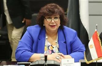 وزيرة الثقافة تنعى هادي الجيار: قدم مسيرة فنية تركت بصمة في الأسرة المصرية والعربية