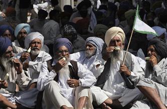 المزارعون المحتجون في الهند يبدأون إضرابا عن الطعام اليوم