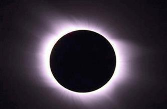 دقيقتا ظلام في جنوب تشيلي والأرجنتين خلال الكسوف الكلي للشمس