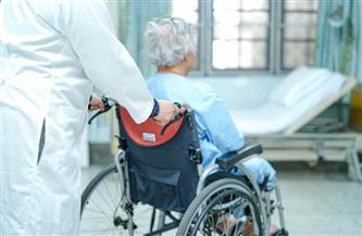 معمرة في سن 104 أعوام تخرج من المستشفى بعد تغلبها على كورونا