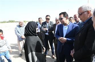 نائب محافظ قنا يتفقد عددا من قرى الظهير الصحراوي  صور