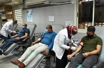 أعضاء برلمان الشباب بمحافظة شمال سيناء يقودون حملات التبرع بالدم لصالح الجرحى الفلسطينيين
