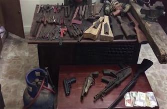 ضبط ورشة لتصنيع الأسلحة النارية داخل محل لبيع أدوات الصيد بالشرقية
