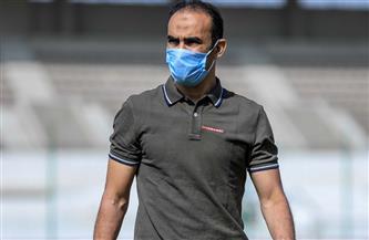 جلسة بين عبد الحفيظ ومعاوني مدرب الأهلي