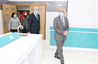 رئيس جامعة المنوفية يفتتح مبنى كلية طب الأسنان  صور