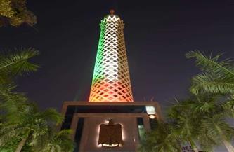 إضاءة برج القاهرة بألوان علم دولة الإمارات بمناسبة زيارة الشيخ محمد بن زايد