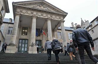 الحبس 8 أشهر مع وقف التنفيذ بحق السفير السابق للفاتيكان في فرنسا بتهم التحرش الجنسي