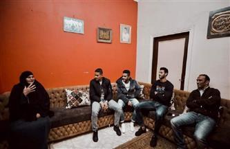 عبد الحفيظ ونجوم الأهلي يطمئنون على أسرة الراحل محمد عبد الوهاب في زيارة ودية