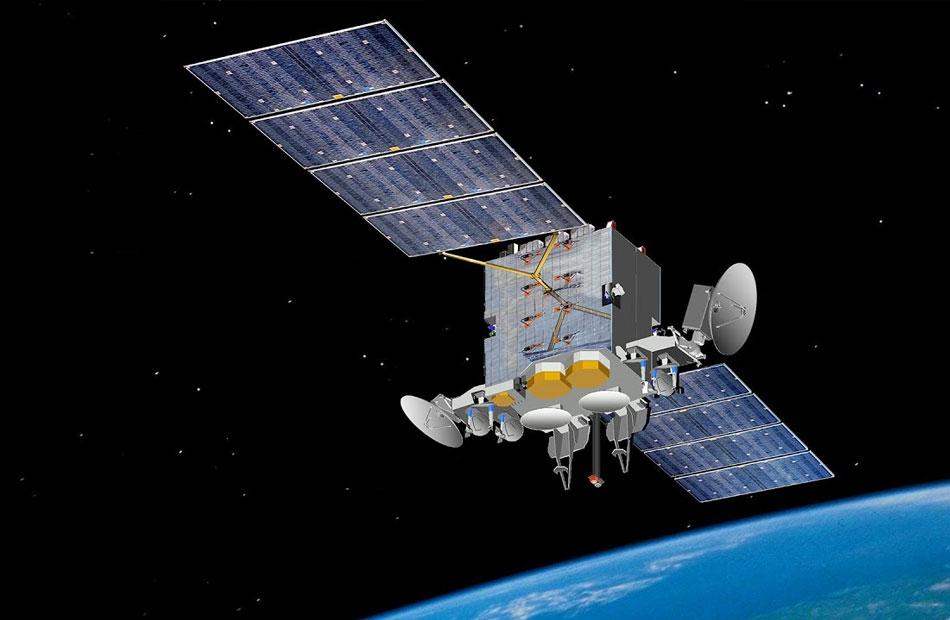 فريق بحثي يتابع مدار القمر الصناعي الماليزي  ميسات   بعد خروجه من محطة الرصد الفضائي بالقطامية