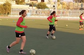 20 لاعبة في معسكر منتخب الكرة النسائية دون 20 عاما استعدادا لمواجهة لبنان