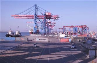 -سفينة-حركة-ملاحة-في-موانئ-بورسعيد