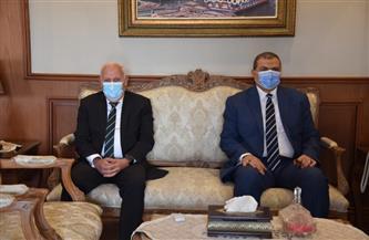 محافظ بورسعيد يستقبل وزير القوى العاملة لتدشين مبادرة «صيادي مصر» | صور