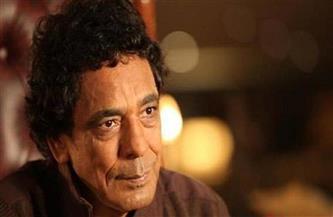 """""""المهن الموسيقية"""" تكشف آخر تطورات الحالة الصحية للنجم محمد منير"""