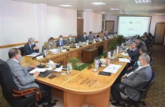 مجلس جامعة سوهاج يخلد أسماء القيادات السابقة ويقرر إنشاء مركز لتكنولوجيا النانو| صور