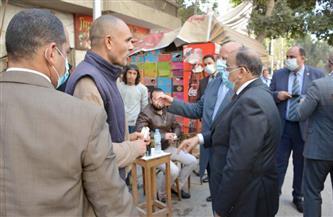 تحقيق إداري مع رئيس حي حلوان بسبب مخالفات الإشغالات والمخلفات| صور