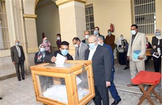 8 كليات في الجولة الأولى لانتخابات الاتحادات الطلابية بجامعة القاهرة| صور