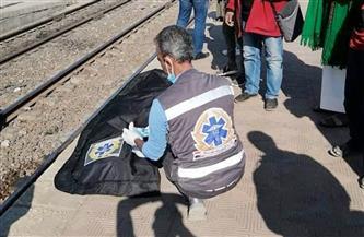 وفاة مواطن دهسه قطار بقرية عامر بالسويس   صور