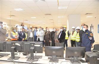 محافظ أسيوط ورئيس شركة الوجه القبلي لإنتاج الكهرباء يتفقدان محطة غرب أسيوط| صور