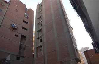 مكون من 10 طوابق.. ميل بعقار في مصر القديمة.. ومحافظ القاهرة يشكل لجنة هندسية لفحصه