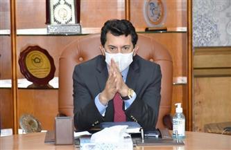 وزير الرياضة يهنئ منتخب مصر بالفوز بفضية المختلط بمسابقات التراب بمونديال الرماية