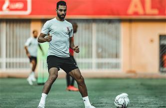 «عبدالحفيظ» يتواصل مع لاعبي الأهلي المصابين بفيروس كورونا