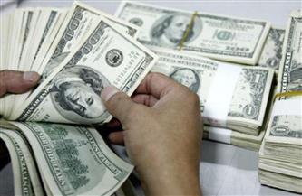انخفاض الدولار بعد تهدئة الفيدرالي لتوتر التضخم الأمريكي
