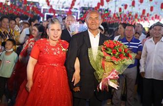 """كبار السن يستمتعون بشيخوختهم في """"دار السعادة لرعاية المسنين"""" بجنوب شينجيانغ"""